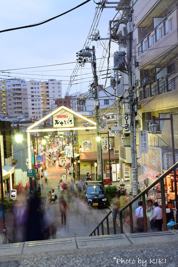 夕方の谷中銀座商店街